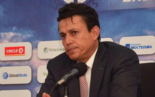 Chava Reyes Jr. deja de ser entrenador del ADSL