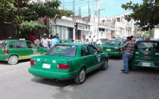 Taxistas de Valles acusan a aseguradora de fraude