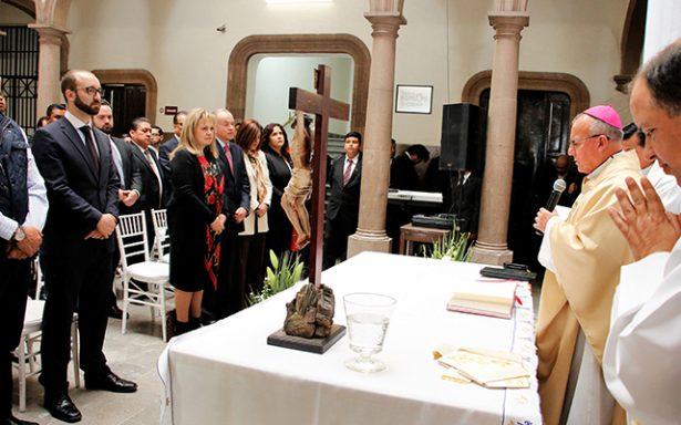 """""""El Sol de San Luis"""" cumple con la sociedad: Arzobispo Carlos Cabrero"""