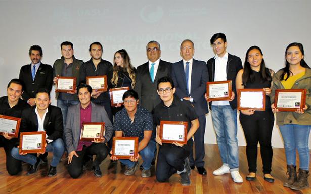 Premian cortometraje en tema de Transparencia