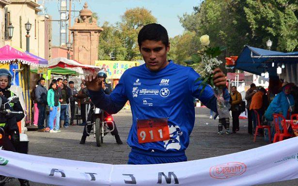 """Corren con fe en la peregrinación deportiva """"Rosa Guadalupana"""""""
