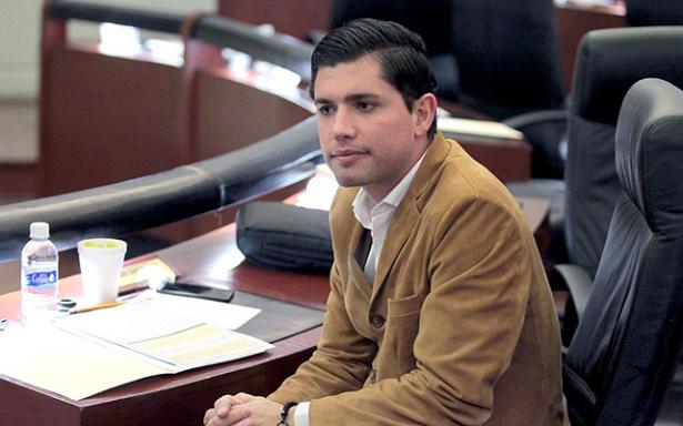 Desaparición de fuero a funcionarios avance para SLP: Gerardo Serrano