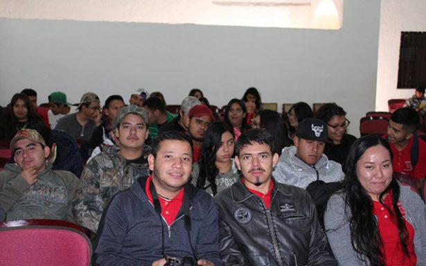 "Imparte SAGARPA taller de ""Vigilancia Epidemiológica"" a Universitario de Veterinaria en Matehuala"