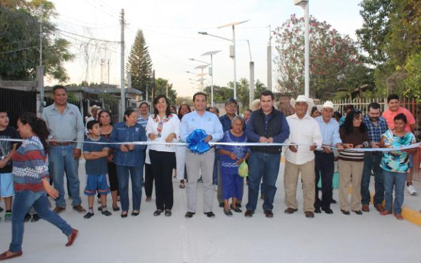 Con obras de infraestructura básica continua la transformación del ejido Puente del Carmen