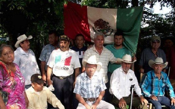 Gobierno se olvida de atender a indígenas y actúa represivamente