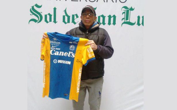 Reciben premios ganadores de las rifas de la Carrera El Sol de San Luis