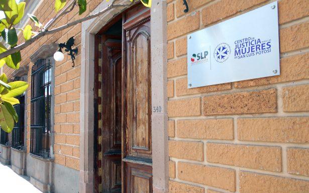 Presenta Centro de Justicia para Mujeres logros 2017