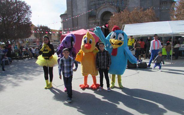 Entusiasta participación de jóvenes en maratón