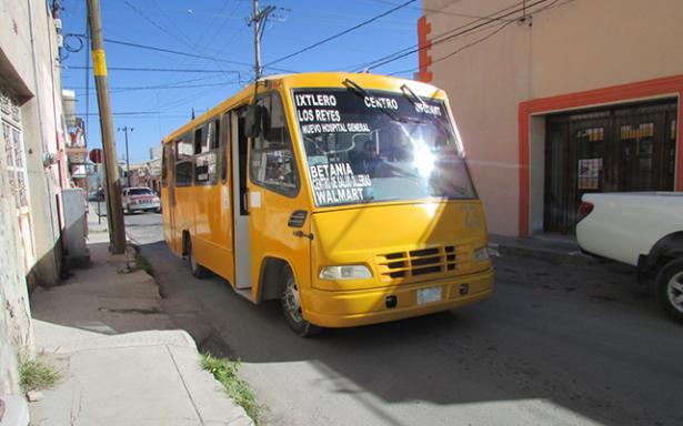 Sorpresa y malestar por aumento de tarifas de transporte urbano en Mateuala