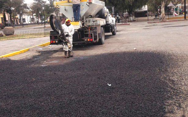 Inician trabajos de bacheo en la Calzada de Guadalupe