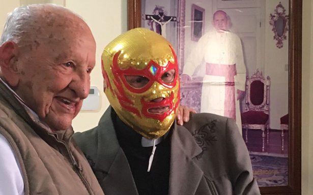 Fray Tormenta visitó a Mons. Szymanski