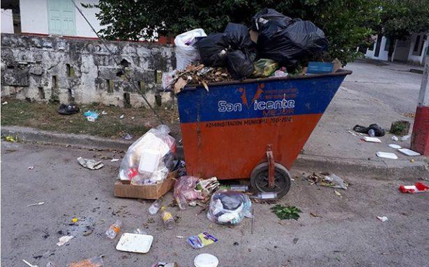 Inundadas de basura las calles de San Vicente, denuncian habitantes