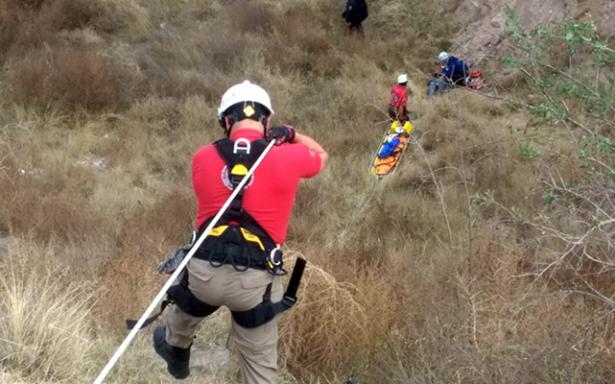 Rescata Protección Civil Municipal a persona en inmediaciones del Tiradero de Peñasco