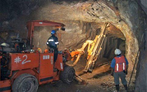 Derrumbe en mina de Coahuila deja 5 lesionados y dos desaparecidos