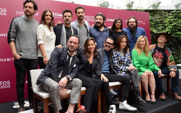 """Manolo Caro filma su quinta película """"Perfectos desconocidos"""" un remake italiano"""
