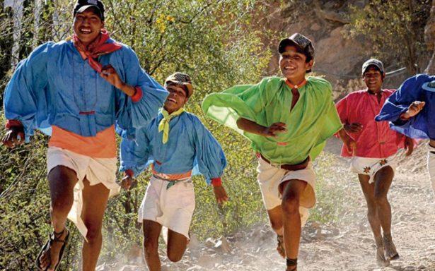 Investigadores buscan el secreto de los rarámuris para correr