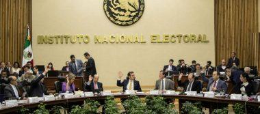 Partidos y coaliciones entregan en tiempo y forma listas de plurinominales a INE