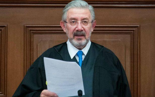"""Exigen la renuncia del ministro Luis María Aguilar por """"nepotismo y corrupción"""""""