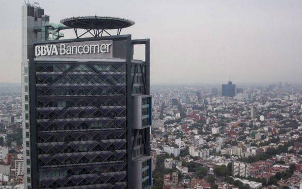 Investigan muerte de hombre en Torre Bancomer de Reforma