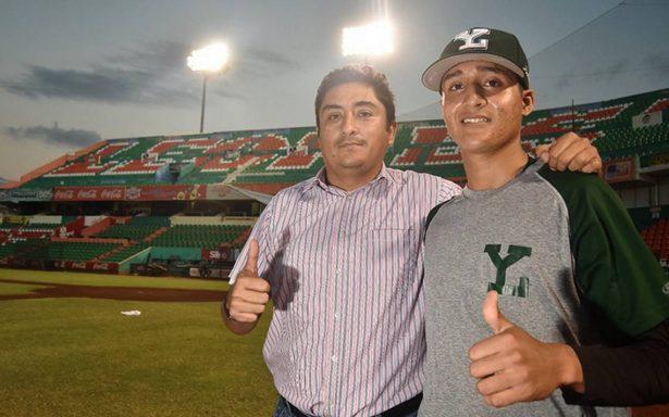 Saúl Vázquez, firmado por Chicago