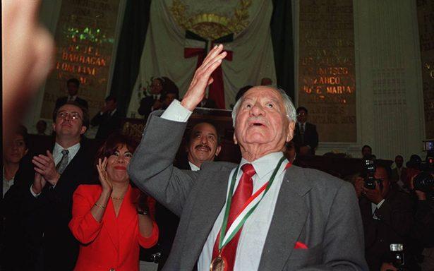 A diez años de la muerte de don Andrés Henestrosa