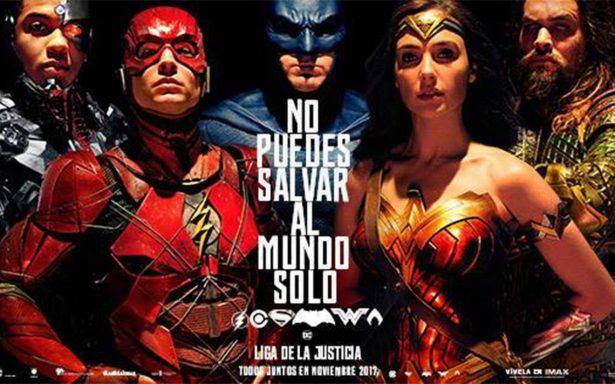 """Así se vivió la primera proyección de """"Justice League"""" en México"""