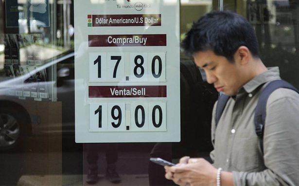 Incertidumbre por TLCAN hace llegar al dólar a los 19.12 pesos