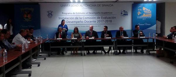 Maestros de la UAS serán evaluados para aspirar a una beca