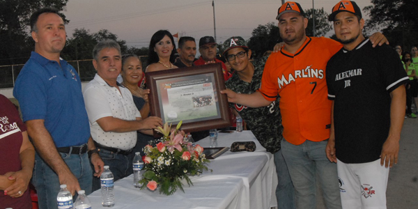 Una fiesta softbolera en Eldorado