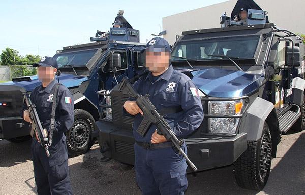 Entrega el gobernador vehículos blindados a la Policía Estatal