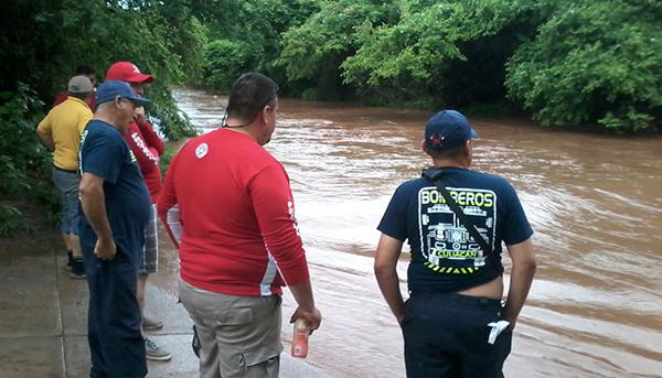 Continúan la búsqueda en la cascada San Antonio