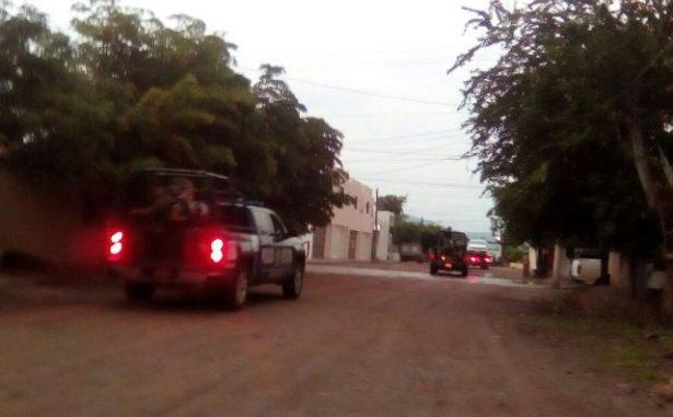 Militares y policías protagonizan persecución; hay dos detenidos