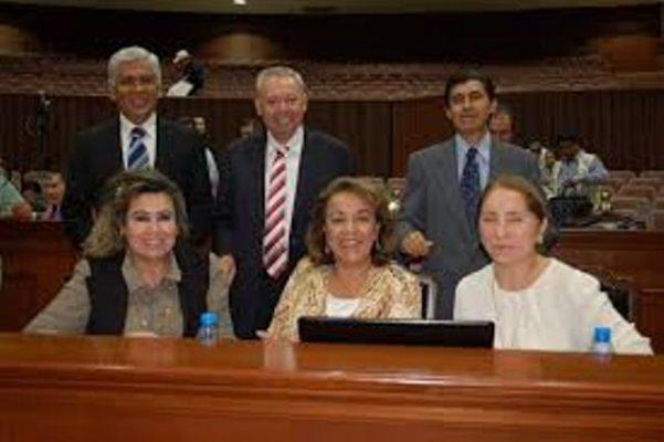 Diputados del PAS donan un mes de sueldo a damnificados
