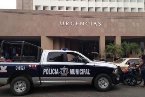Un elemento de la Policía Municipal es atropellado