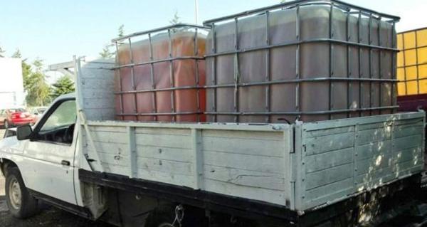 Aseguran cinco vehículos que transportaban combustible robado