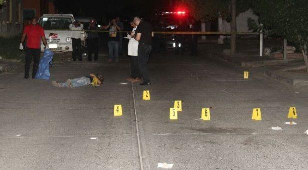 De varios balazos fue asesinado un vecino de la colonia Las Vegas