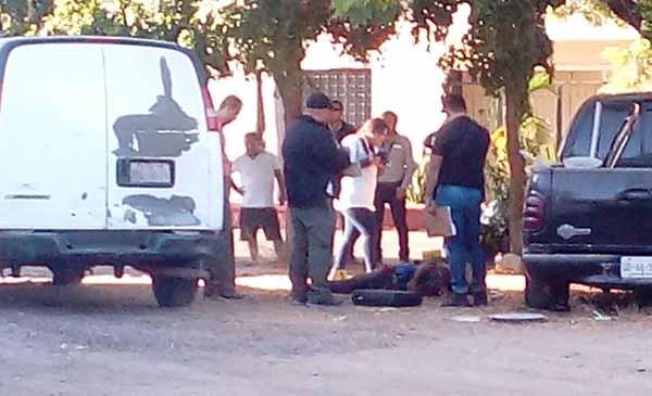 Con heridas de arma blanca localizado asesinado un joven