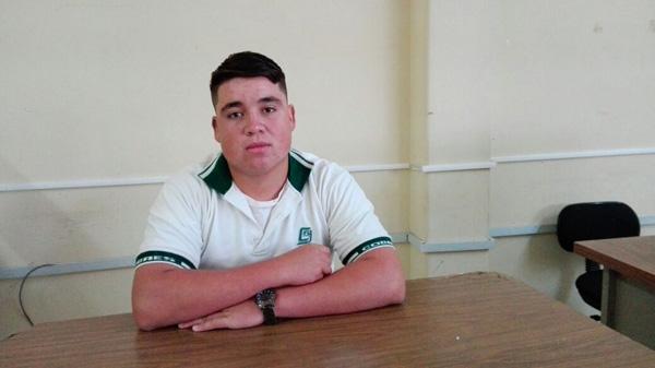 Alumno de Cobaes es firmado por Acereros de Monclova