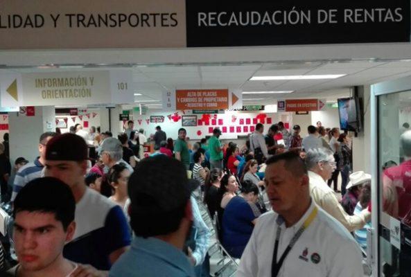 Elimina Quirino Ordaz impuesto a tenencia