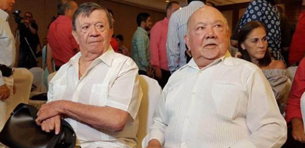 Rinden homenaje a comediantes Sergio Corona y Chabelo