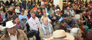 """Se suman 10 mil nuevos beneficiarios al programa """"65 y Más"""""""