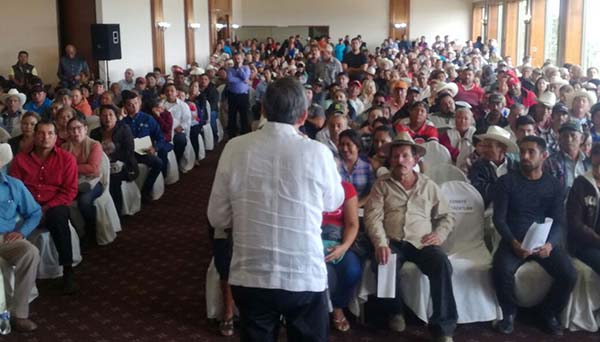 """""""Quirino usará todosu capital político enfavor de productores"""""""
