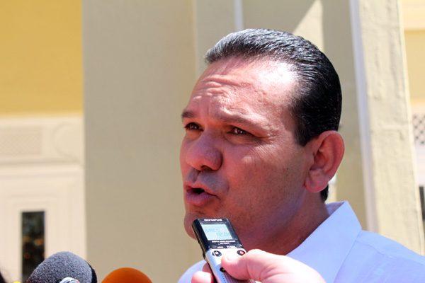 Entorno electoral se le complica al PRI: Sergio Torres