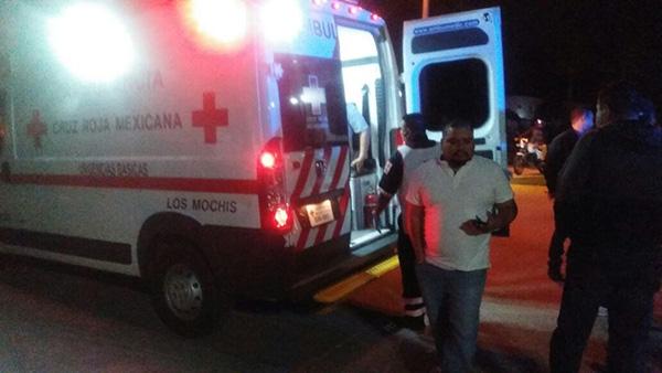 Dos jóvenes salen heridos en un accidente