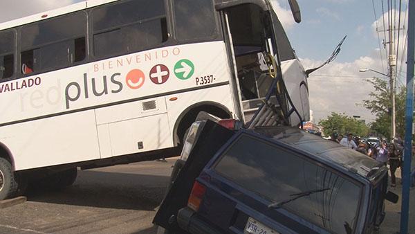 Continúan las irregularidades en el transporte público