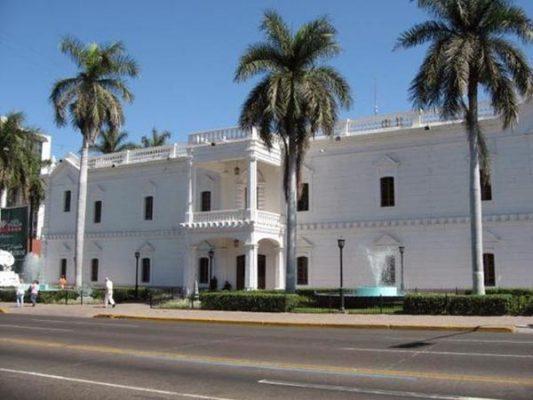 Estado y Municipio deben 38 mdp a CMIC desde 2013