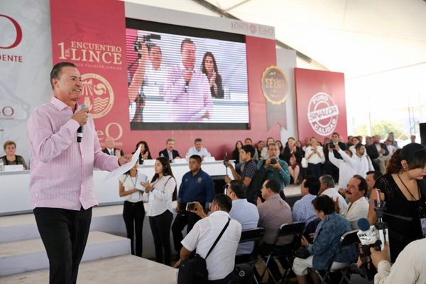 Quirino Ordaz propone declarar autónoma a la Universidad de Occidente