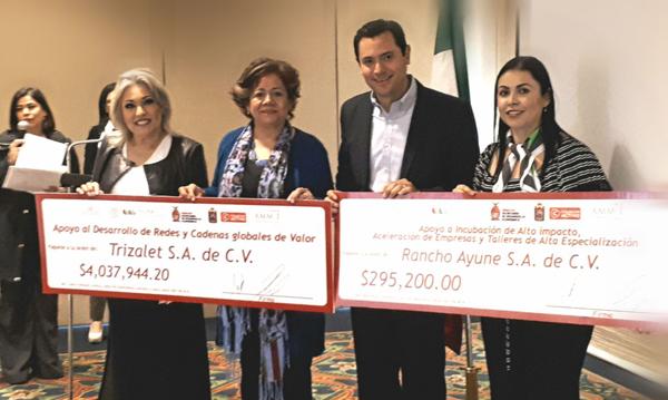 Reciben mujeres empresarias cerca de 5 millones de pesos de INADEM