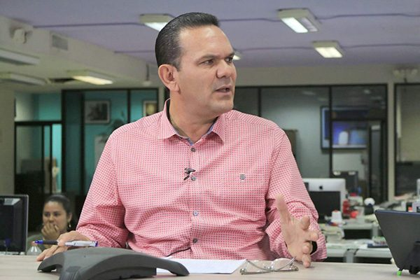 Honestidad y diálogo promete Sergio Torres alsector pesquero
