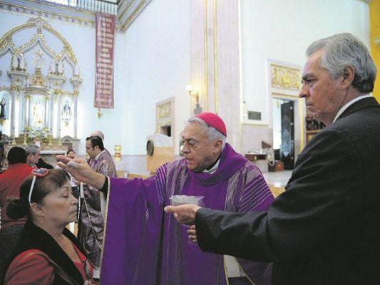 La Iglesia Católica llama a los feligreses vivir en armonía y no caer en tentaciones